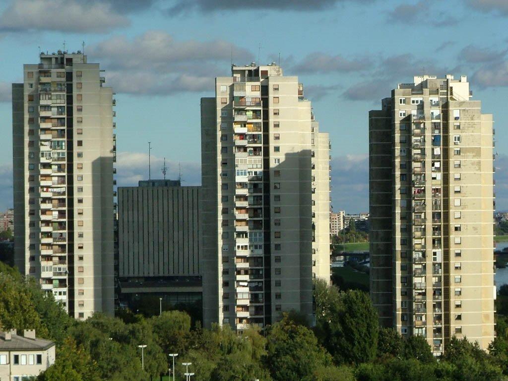 Residential skyscraper Prisavlje 10