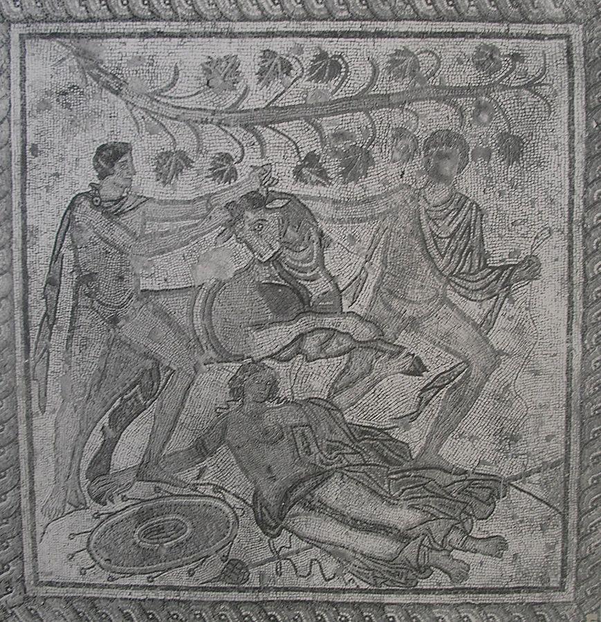 Top 10Roman Empire monuments Pula