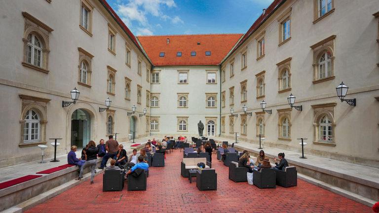 Art Gallery Zagreb: Klovićevi dvori