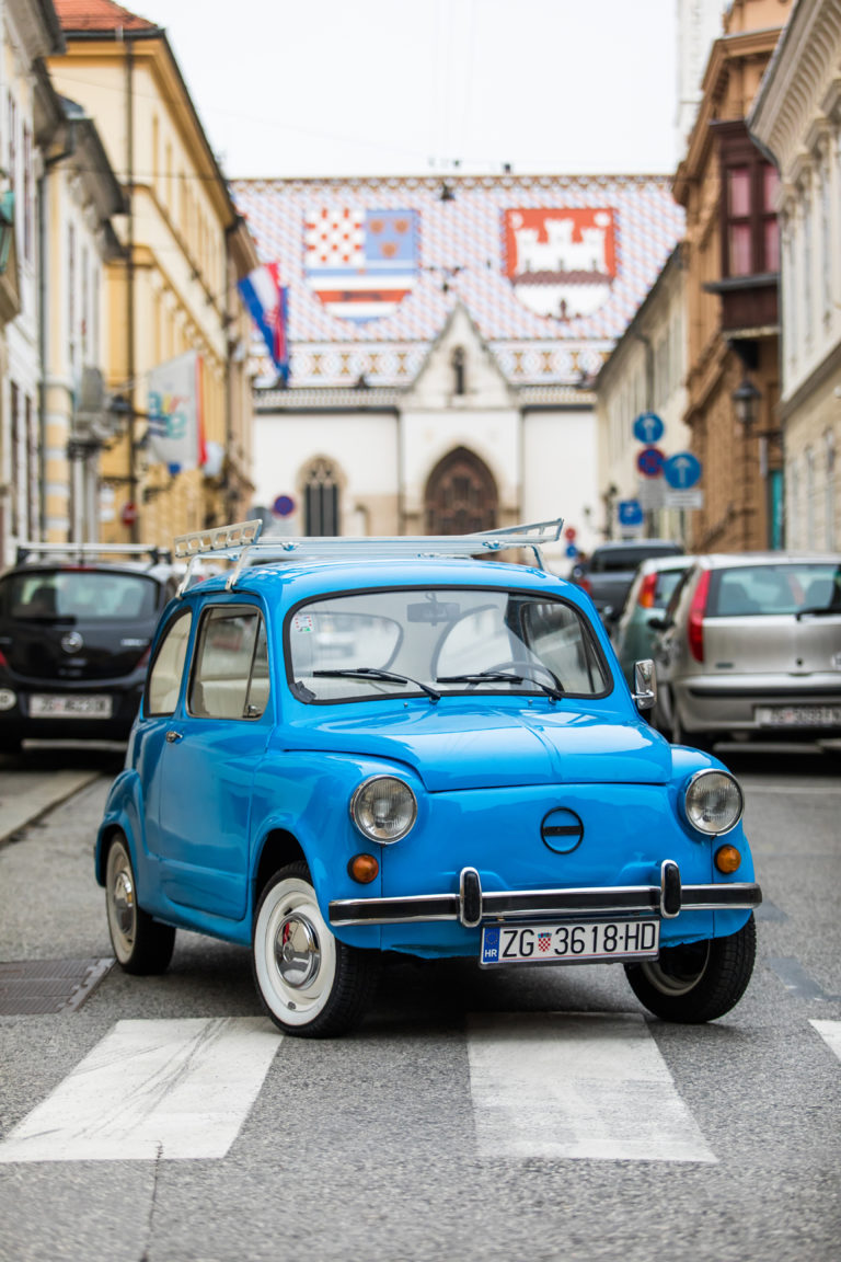 The best sightseeing of Zagreb with the oldtimer car
